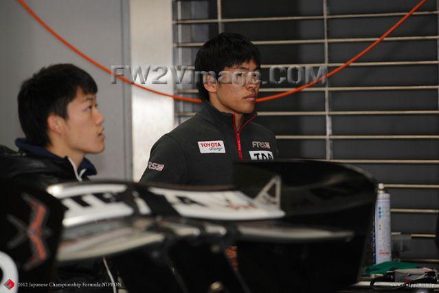 http://nspeed.online.fr/motorsports_fw2vimage/img/f-nippon-archives-2012-2012/30003497-JPG-formulanippon-fr.com-p050-fnippon-archives-2010-2012.jpg